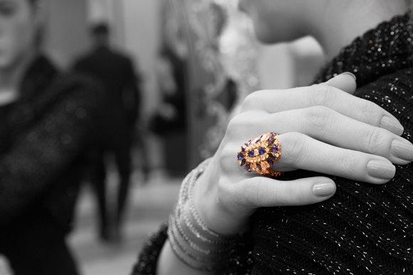 Design CRIVELLI, anello in pietre preziose