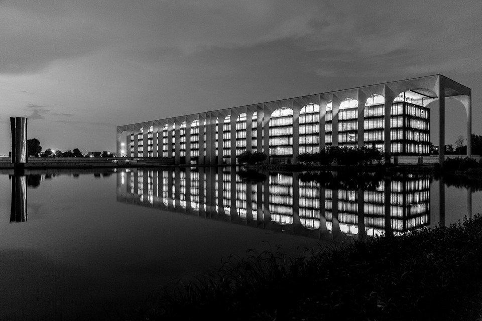 ClaudioBeduschi-Niemeyer-DT0A1188