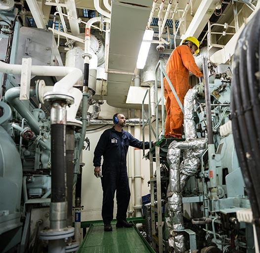 Creative Claudio Beduschi, fotografia istituzionale per navi, petroliere, armatori